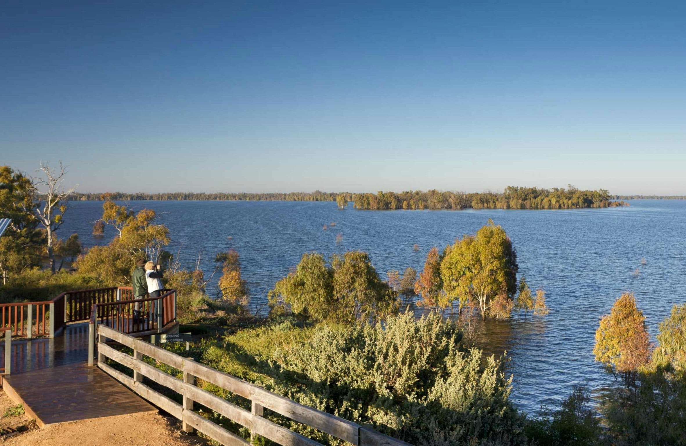 Yanga Lake Viewing Deck - Tourism Gold Coast