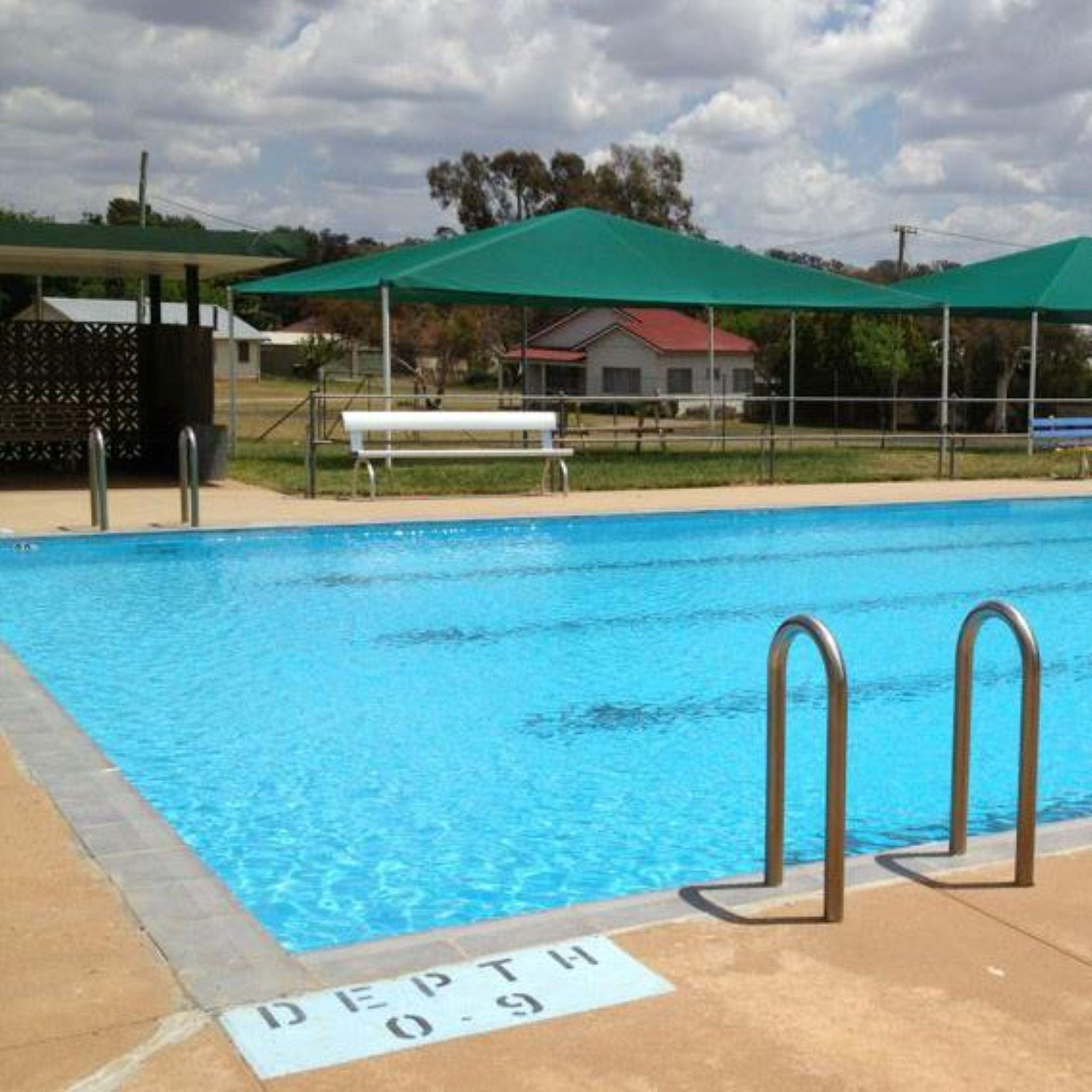 Cudal Swimming Pool - Tourism Gold Coast