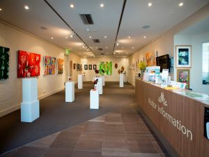Australian National Botanic Gardens Visitor Centre Gallery - Tourism Gold Coast