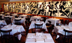 Bistro Moncur - Tourism Gold Coast