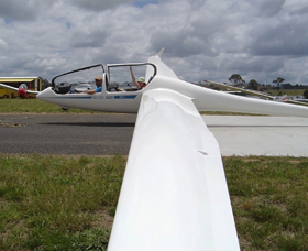 Bathurst Soaring Club - Tourism Gold Coast