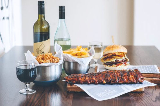 Ribs  Burgers - Tourism Gold Coast