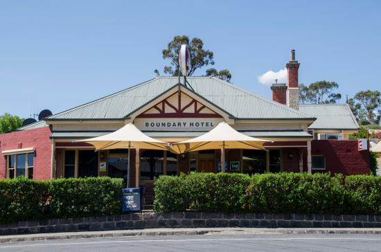 The Old Boundary Hotel - Tourism Gold Coast