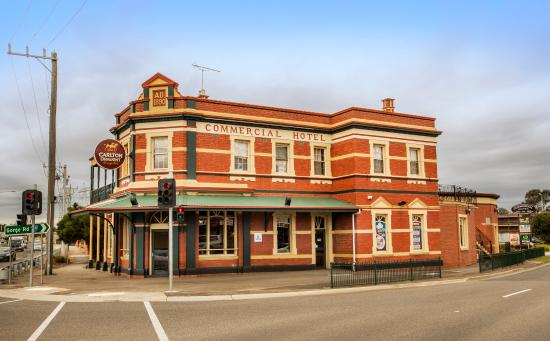 The Commercial Hotel - Tourism Gold Coast