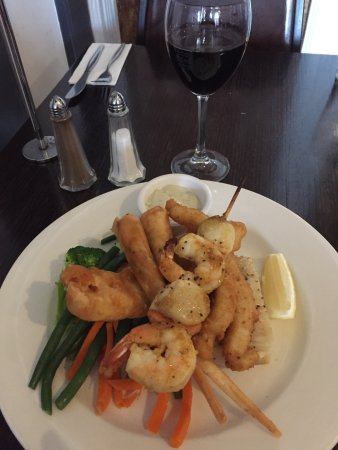 Restaurant Hampden Hotel - Tourism Gold Coast