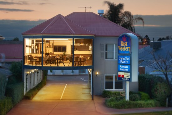 The Roundabout Restaurant - Tourism Gold Coast