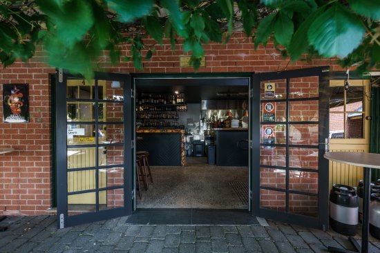 Vine And Tap - Tourism Gold Coast