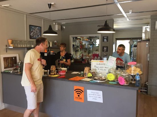 Pickers Cafe  Collectables - Tourism Gold Coast