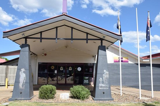 Nanango RSL Memorial Services Club - Tourism Gold Coast