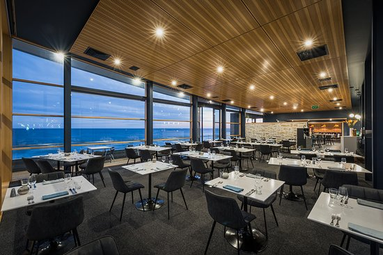 Bayviews Restaurant  Lounge Bar - Tourism Gold Coast