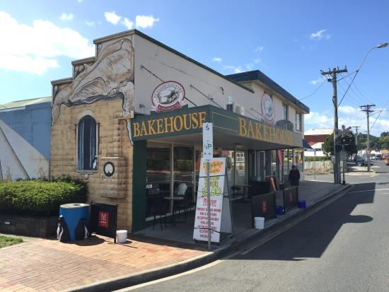 Penguin Country Bakehouse - Tourism Gold Coast