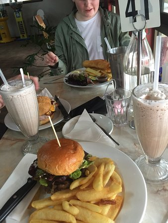 Top Notch Cafe - Tourism Gold Coast