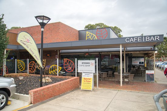 Avenues Cafe Bar - Tourism Gold Coast
