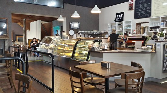 D  M's Bakery Cafe - Tourism Gold Coast