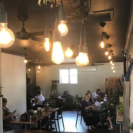 The Oak Cafe Restaurant - Tourism Gold Coast