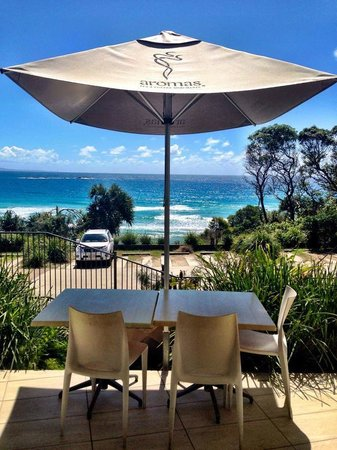 Manta Ray Bistro at Stradbroke Island Beach Hotel - Tourism Gold Coast