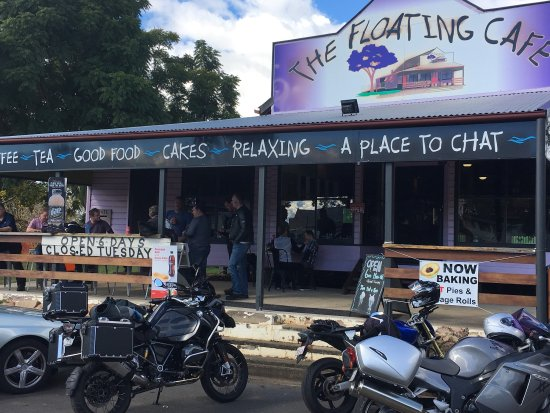 The Floating Cafe - Tourism Gold Coast