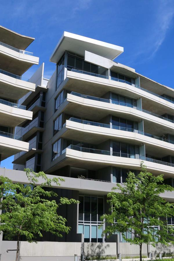 Accommodate Canberra - Realm Residences - Tourism Gold Coast