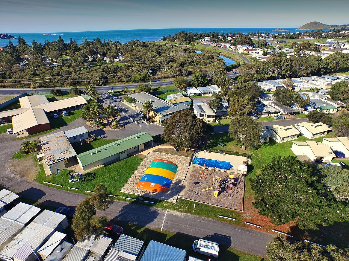 Victor Harbor Holiday  Cabin Park - Tourism Gold Coast
