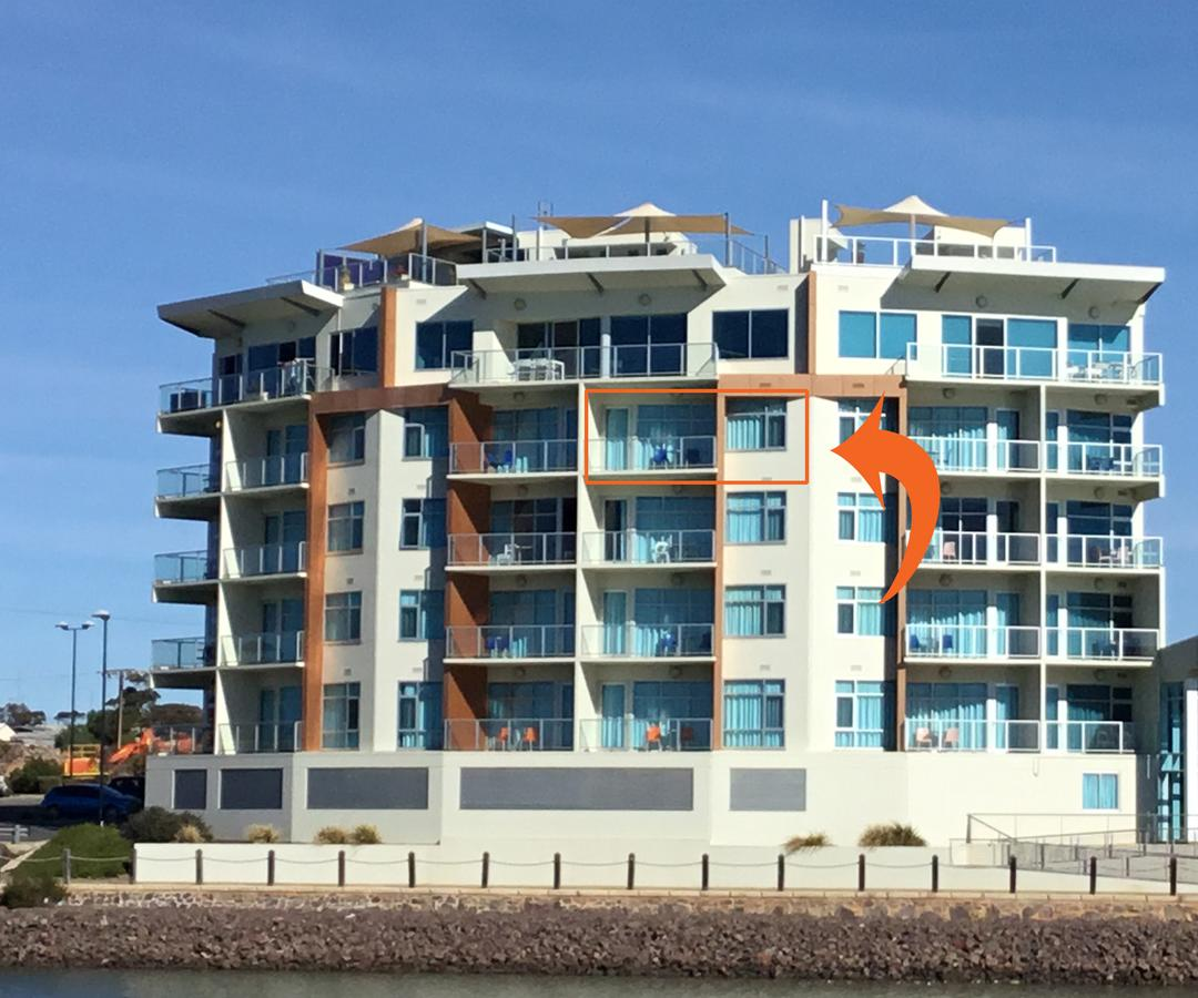 Wallaroo Marina Waterfront Luxe Apartment - Tourism Gold Coast