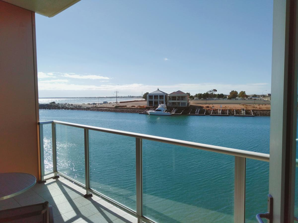 Wallaroo Marina Executive Apartments - Tourism Gold Coast