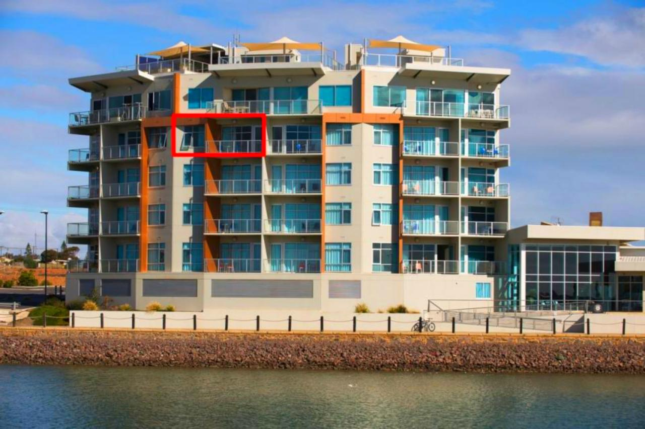 Wallaroo Marina Luxury Apartment - Tourism Gold Coast