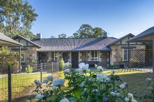Stoneleigh Cottage Bed and Breakfast - Tourism Gold Coast