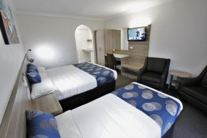 Aston Motel Yamba - Tourism Gold Coast