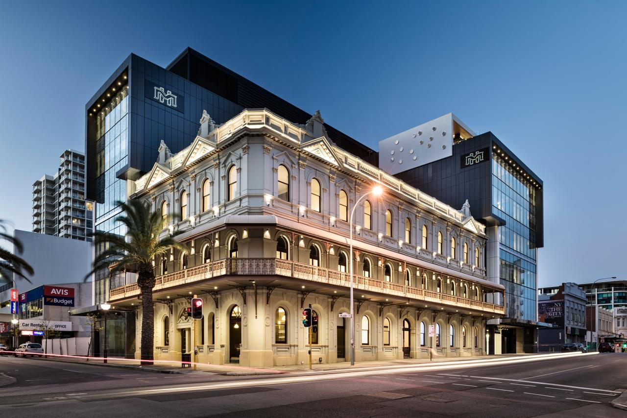 The Melbourne Hotel - Tourism Gold Coast