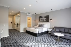 CH Boutique Hotel - Tourism Gold Coast