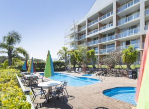 Marina Resort - Tourism Gold Coast