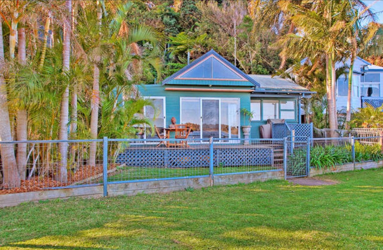 Swan Bay Hideaway - Tourism Gold Coast