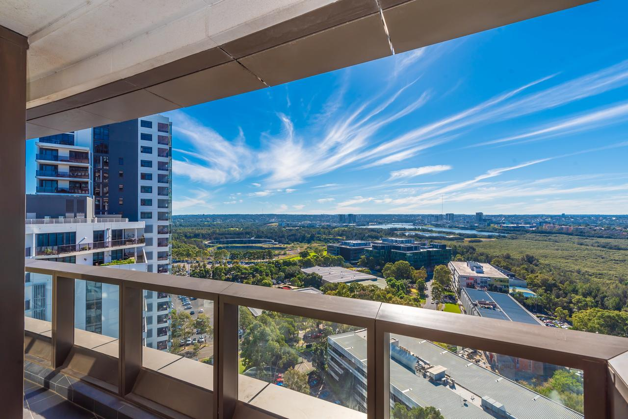 Olympic park Sunshine 2 bedrooms Apts with Private parking - Tourism Gold Coast
