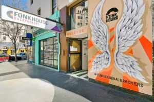 Funk House Backpackers - Tourism Gold Coast