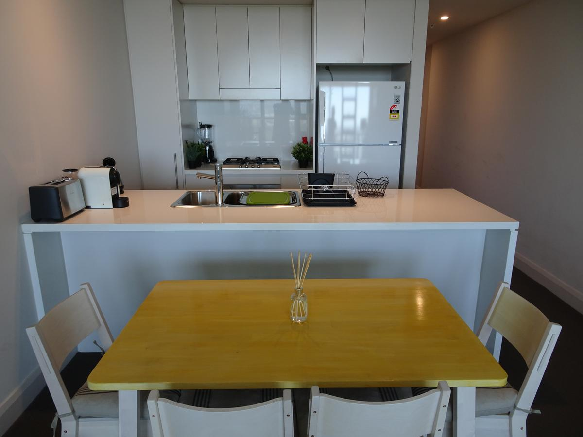 Sydney Olympic Park Apartment - Tourism Gold Coast