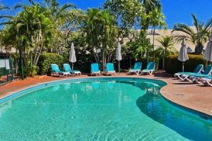 Cable Beach 1 bed RESORT apartment private Wifi - Tourism Gold Coast