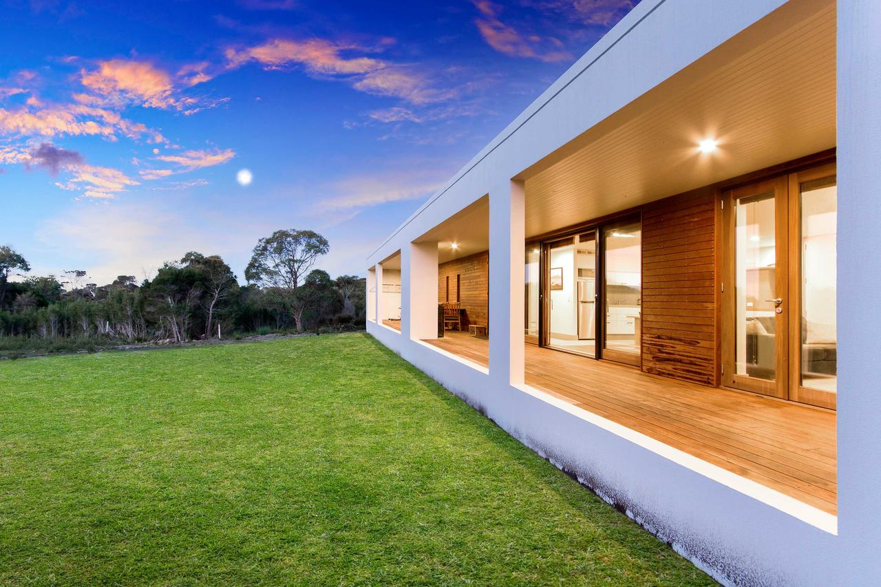 Tamar Solar Home - Tourism Gold Coast