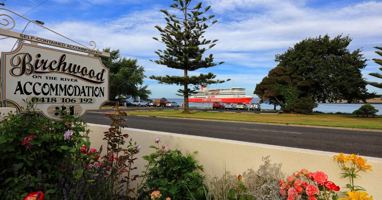 Birchwood Devonport self-contained self catering accommodation - Tourism Gold Coast