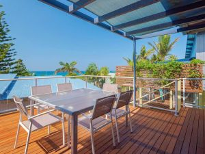 Angourie Blue 4 - close to surfing beaches and national park - Tourism Gold Coast